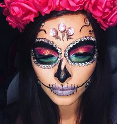 Catrina Skull Face Makeup, Halloween Makeup Sugar Skull, Sugar Skull Face, Cool Halloween Makeup, Sugar Skull Makeup, Halloween Duos, Halloween Inspo, Halloween Make Up, Halloween Costumes