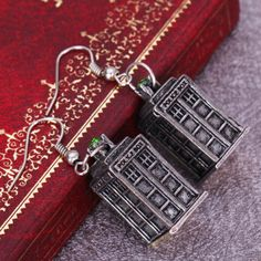Pair of Characteristic Carved Metal House Pattern Pendant Earrings For Women, OLD SILVER in Earrings   DressLily.com