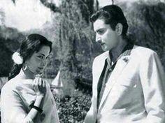 A still from shagoon waheeda rehman with husband kamaljeet