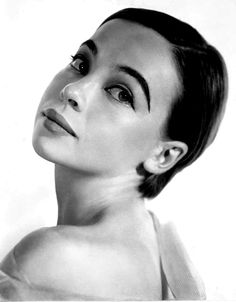 the wonderful French actress and dancer Leslie Caron (she was the one in An American in Paris with Gene Kelly)