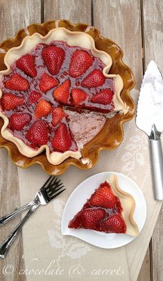 Strawberry Pie- Looks SO good! Recipe seems pretty decent too. Maybe I'll have to make this at the first sight of spring. :) nummy