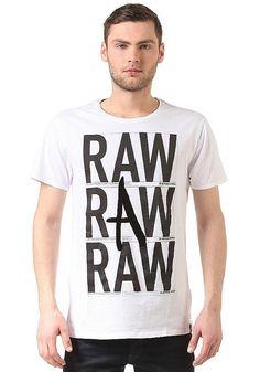 Yes Yes Raw! G-Star beherrscht The Art of Raw wie kein anderer und beweist dies eindrucksvoll mit jedem ihrer Produkte, auch mit diesem classy Shirt. Features: Rundhalsausschnitt, Gerippter Kragen, Frontprint, Logoprint, Logopatch, Regular Fit, HerstellerFarbe: white,  Material: 100% Baumwolle...