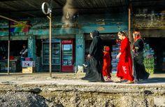 Donne kurde a passeggio