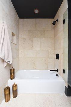 Bath 1, 19
