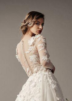 #MarySten #weddingdress #BrideToBe #bridelove #bridedress #gorgeous #floraldress
