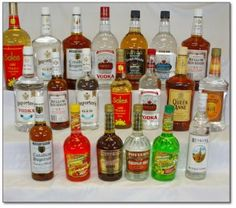 A good guide for drinking cheap at your party! Save money! #money #booze #cheap #drinks #sipping #cocktails #recipes