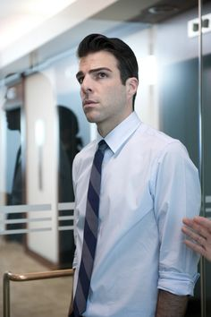 Okay, this one is, like, really Spock-ish.. (I should stop my Zachary Quinto pic-spam)