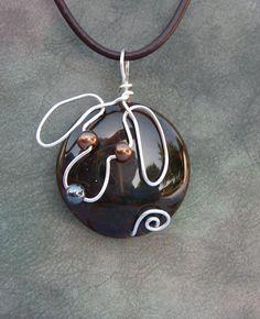 Silver Wire Dog Dragon Veins Agate Pendant by JillsCatsDogsAndMore