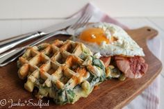 Grilling Recipes Spinach Waffles with Feta – Jankes Soulfood Healthy Grilling, Grilling Recipes, Tortillas, Ramen, Baby Food Recipes, Healthy Recipes, Best Pancake Recipe, What Can I Eat, Gourmet Breakfast