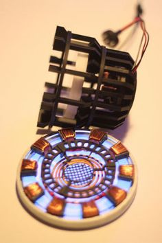 How to Build Iron Mans Arc Reactor. : 11 Steps (with Pictures) - Instructables Iron Man Suit, Iron Man Armor, Cardboard Camera, Iron Man Fan Art, Marvel Room, Marvel Comics, Iron Man Arc Reactor, Iron Man Cosplay, Electrical Tape