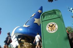 Trash Can in front of Sorcerer Mickey Hat, Disney's Hollywood Studios, Walt Disney World