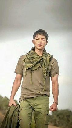 Yoo Si Jin - Descendants Of The Sun Ep 16 when Capt Yoo meet Dr Kang