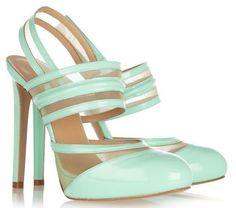 WANT!!versus patent and mesh pumps