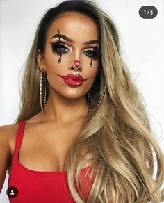 Sexy Halloween Makeup Looks That Are So Cute 23 Halloween Clown, Cute Halloween Makeup, Sexy Halloween Costumes, Halloween Looks, Cute Clown Makeup, Sexy Clown Costume, Gangsta Clown Makeup, Bunny Makeup, Clown Costumes
