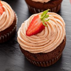 Chocolate cupcakes meet strawberry icing in an easy bake. Strawberry Icing, Pink Food Coloring, South African Recipes, Vanilla Essence, Vegetarian Chocolate, Chocolate Cupcakes, Cocoa, Treats, Baking