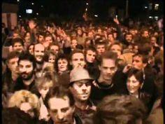 ▶ Die Öffnung der Mauer (Opening of the Berlin Wall) in Berlin, Bornholmer Strasse, 1989 (9:13)