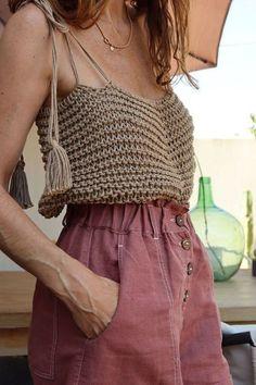 Bikini Crochet, Crochet Crop Top, Crochet Blouse, Knit Crochet, Crochet Top Outfit, Crochet Outfits, Crochet Vests, Crochet Cape, Crochet Motif
