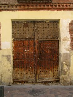 Old door, Madrid | Flickr: Intercambio de fotos