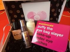 @glossybox_us February 2014 #subscriptionbox review at subscriptionist.com