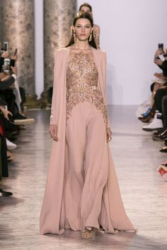 Elie Saab Cotoure 2017- the cape is EVERYTHING <3