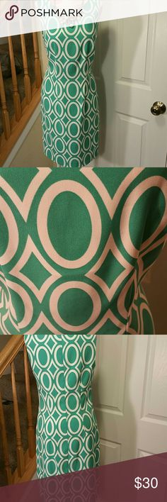 NWT Alyx Geometric Sheath Dress Beautiful green color Oval and diamond patterned. Alyx Dresses