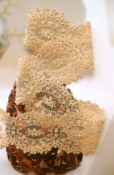 Something to wrap your bouquet stems in for a vintage feel? Needle Lace, Bobbin Lace, Lace Ribbon, Lace Fabric, Antique Lace, Vintage Lace, Crochet Lace, Crochet Edgings, Crochet Motif