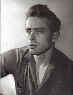 foto james dean attore | Era il 30 settembre 1955 quando il giovanissimo attore, a soli 24 anni ...