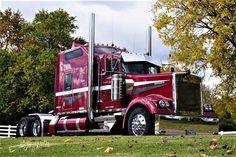 Millions of Semi Trucks Small Trucks, Trucks And Girls, Big Rig Trucks, Semi Trucks, Cool Trucks, Road Train, Kenworth Trucks, Truck Art, Heavy Truck