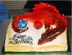D&D cake!  This is so incredible.  And I'm not just talking about the d20…