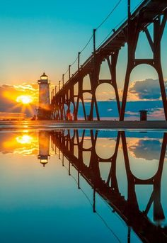 Pier head lighthouse, South Haven, Michigan, USA.
