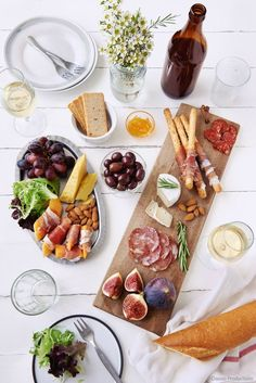 Everything You Need to Know to Make a Cheese Plate or Cheese Platter for a Party! What cheese to buy, what goes on a cheese platter...everything! Here's your simple guide to make a charcuterie board that's AFFORDABLE too!