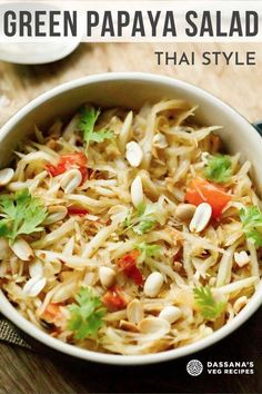 This delicious vegan recipe for Thai Green Papaya Salad is everything you could possibly want from a salad: crunchy, sweet, sour, spicy and salty. Also known as Som Tam, this yummy, healthy salad is sure to put some pep in your step Veg Recipes, Delicious Vegan Recipes, Asian Recipes, Vegetarian Recipes, Cooking Recipes, Ethnic Recipes, Thai Green Papaya Salad, Tofu Steak, Sprouts Salad