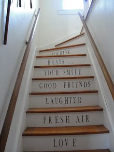 stenciled stair risers | quotestaircase 225x300 Stenciled Staircases