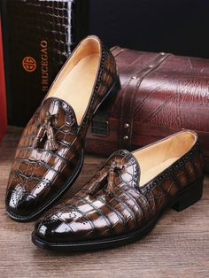 Classic Alligator Leather Tassel Loafer Comfortable Slip-On Dress Shoes - Alligator Shoes and Crocodile Shoes for Sale - Shoes Best Shoes For Men, Men S Shoes, Formal Shoes For Men, Shoes Sneakers, Casual Leather Shoes, Casual Shoes, Shoes Style, Suede Shoes, Casual Outfits