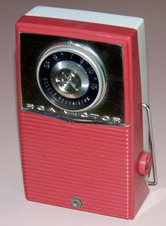 1959 RCA transistor radio