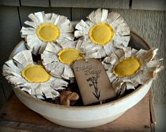 these make me smile!!!--  Primitive Daisy Bowl Fillers Rustic Flower by PaxtonValleyFolkArt, $15.00