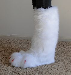 white wolf tail by ~TabbyPaw on deviantART  Pretty sure this is a foot but okay...
