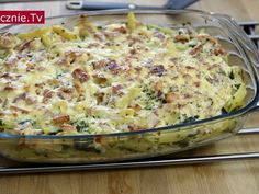 Prosta zapiekanka makaronowo-brokułowa bądź makaronowo-szpinakowa. Wszystko zależy od warzywa, które postanowicie dodać - obydwie wersje są równie pyszne! Jest to danie bardzo proste w przygotowaniu i...