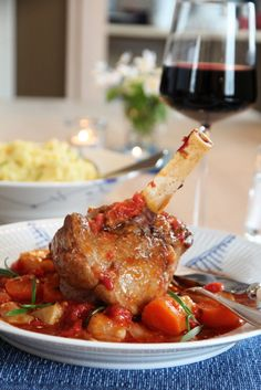 Lamb Dinner, Norwegian Food, Lamb Recipes, Food And Drink, Turkey, Chicken, Dinners, Dinner Parties, Turkey Country