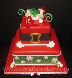 2 Tiers of Christmas Cake by Doodle Cakes Christmas Themed Cake, Christmas Cake Pops, Noel Christmas, Christmas Desserts, Christmas Treats, Christmas Baking, Winter Torte, Winter Cakes, Doodle Cake