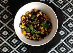 Salade riz noir/avocat/mangue Voilà une salade de riz qui devrait vous ravir: originale par l'association de ses composants, exotique et colorée à souhait, elle a remporté tous les suffrages à la maison! Vous connaissez tous le riz blanc, le riz complet...