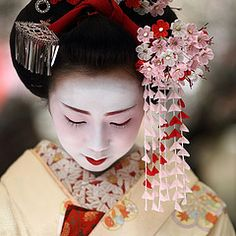 japan / portrait / canon 7d / people / beauty / festival / tea ceremony by momoyama #EasyNip