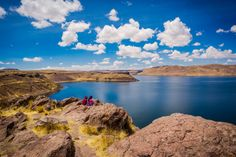 Blue Skies at Lake Titicaca | photography by http://www.beautifuldayphotography.com/