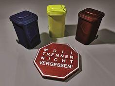Müll ist nicht gleich Müll.  akz-o Jeder muss seinen Haushaltsmüll entsorgen, aber kaum einer denkt darüber nach. Mülltrennung ist dabei eine Lösung.  Foto: Wolfgang Dirscherl/pixelio.de/Pely/akz-o