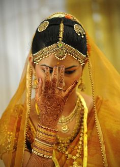 Gold is the Indian wedding color