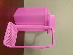 Tupperware Pick-A-Deli Container in Purple Daisy - Southern Zoomer Roller Bottle Recipes, Glass Roller Bottles, Purple Daisy, Alternative Health, Natural Products, Tupperware, Deli, Aromatherapy, Natural Remedies