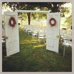 Okanagan Outdoor Wedding Ideas | http://tailoredfitphotography.com/wedding-planning-tips/okanagan-outdoor-wedding-ideas/