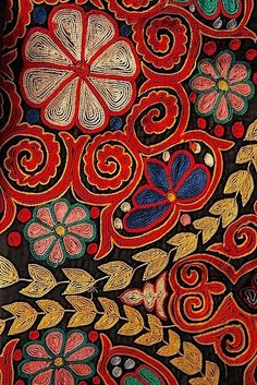 DK's D-Light - DK Designs Brazilian Embroidery pattern & fabric - Embroidery Design Guide Motifs Textiles, Textile Patterns, Textile Design, Embroidery Art, Embroidery Patterns, Mexican Embroidery, Motif Art Deco, Textile Fiber Art, Brazilian Embroidery