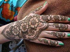 floral paisley henna design