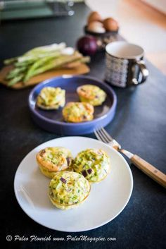 Get this Keto frittata recipe and enjoy them for breakfast or as a quick low carb and Paleo snack. These Keto egg muffins are easy and delicious!